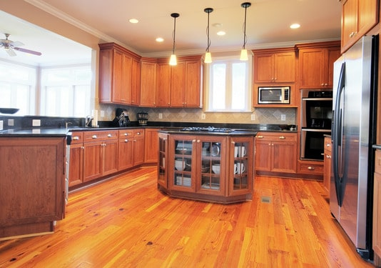 Painted vs Stained Kitchen Cabinets – How Do You Decide?
